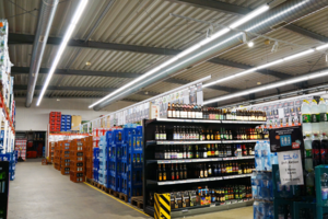 Hit Einkaufscenter in Andernach - Tausch der alten Röhren gegen moderne LED Panels und LED Röhren