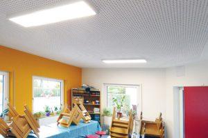 Die Kindertagesstätte in Sickingen hat neue, hochwertige LED-Panel der Marke PANDIA erhalten.