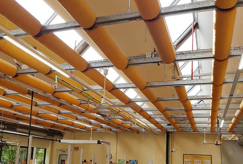 Bei der Lebenshilfe Trier wurden Pandia Tri-Proof Aufbauleuchten installiert